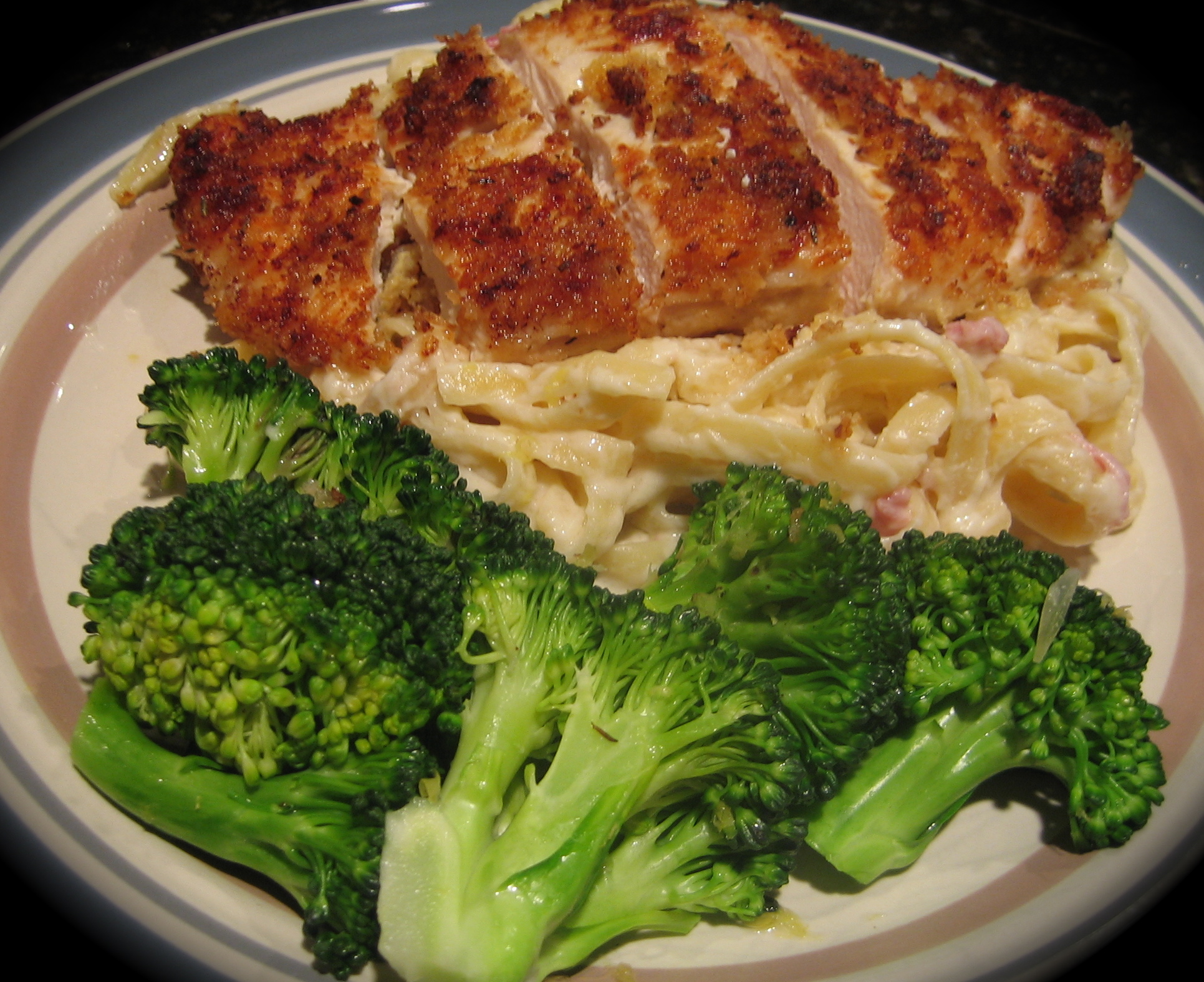 Chicken Cordon Bleu Pasta | I Sing In The Kitchen
