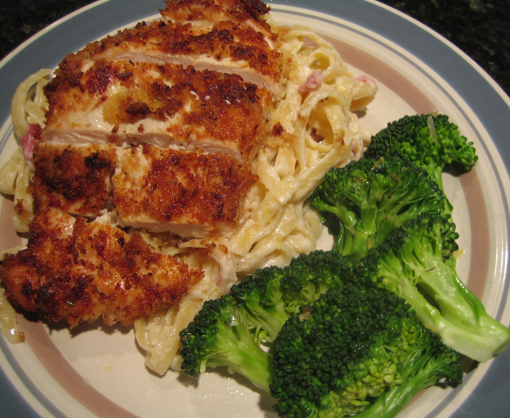 Chicken Cordon Bleu Pasta | I Sing In The Kitchen