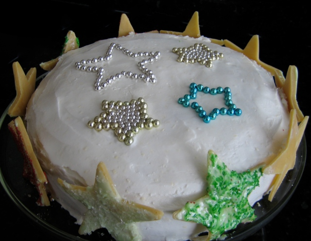 Christmas Cake With Star Cookie Border