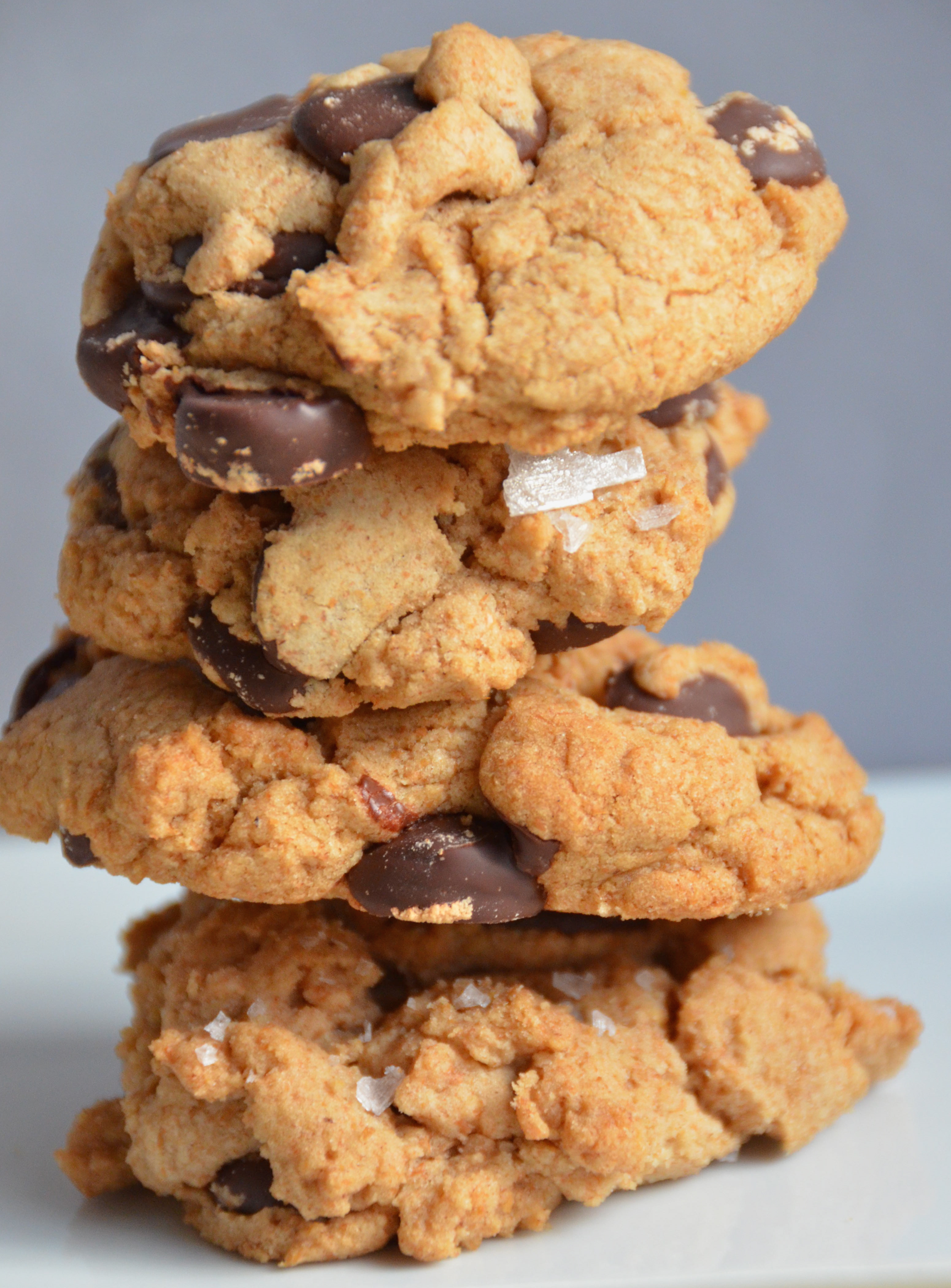 covered blueberry chocolate chunk cookies crunchy chocolate cookies ...