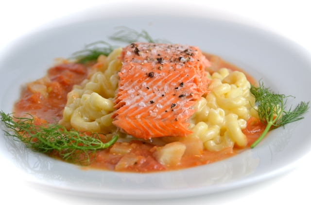 Seared Salmon With White Cheddar Mac & Cheese And Tomato-Fennel Beurre Blanc
