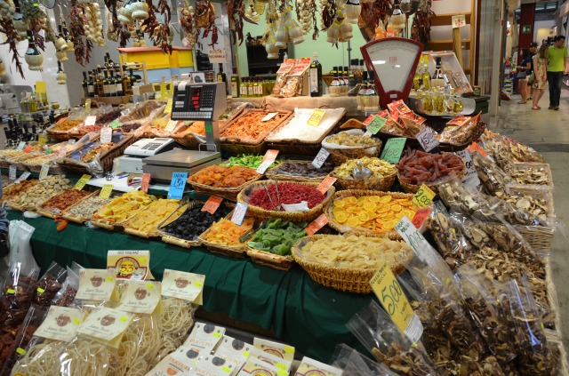 Indoor market in Florence