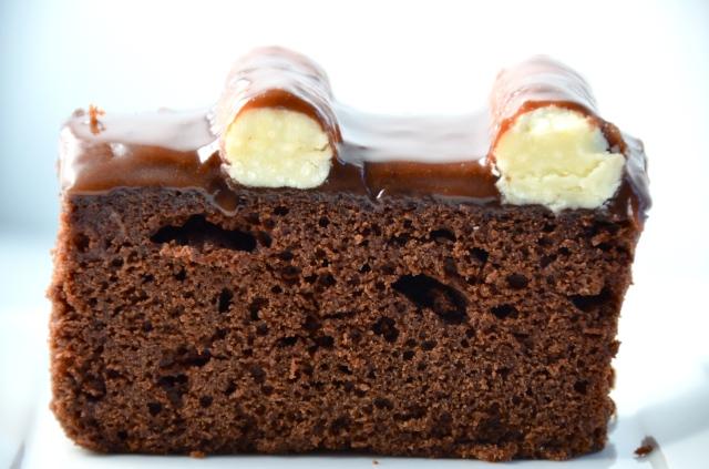 Sanders' Style Bumpy Cake