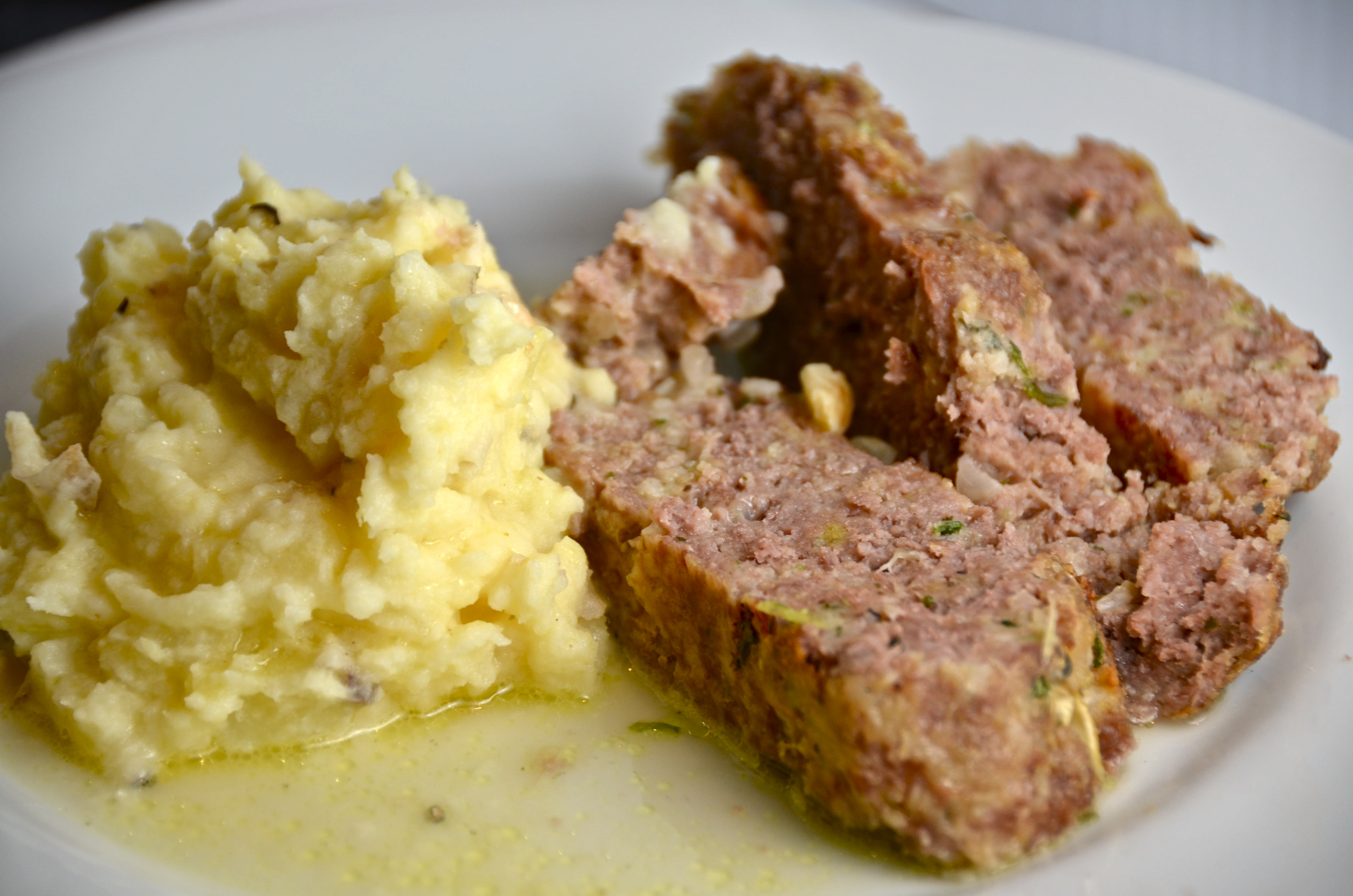 1770 House Meatloaf With Garlic Sauce And Truffled Mashed Potatoes ...