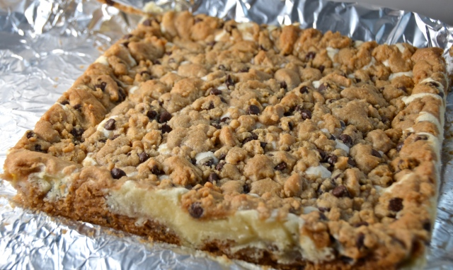 Cheesecake Stuffed Chocolate Chip Cookie Bars