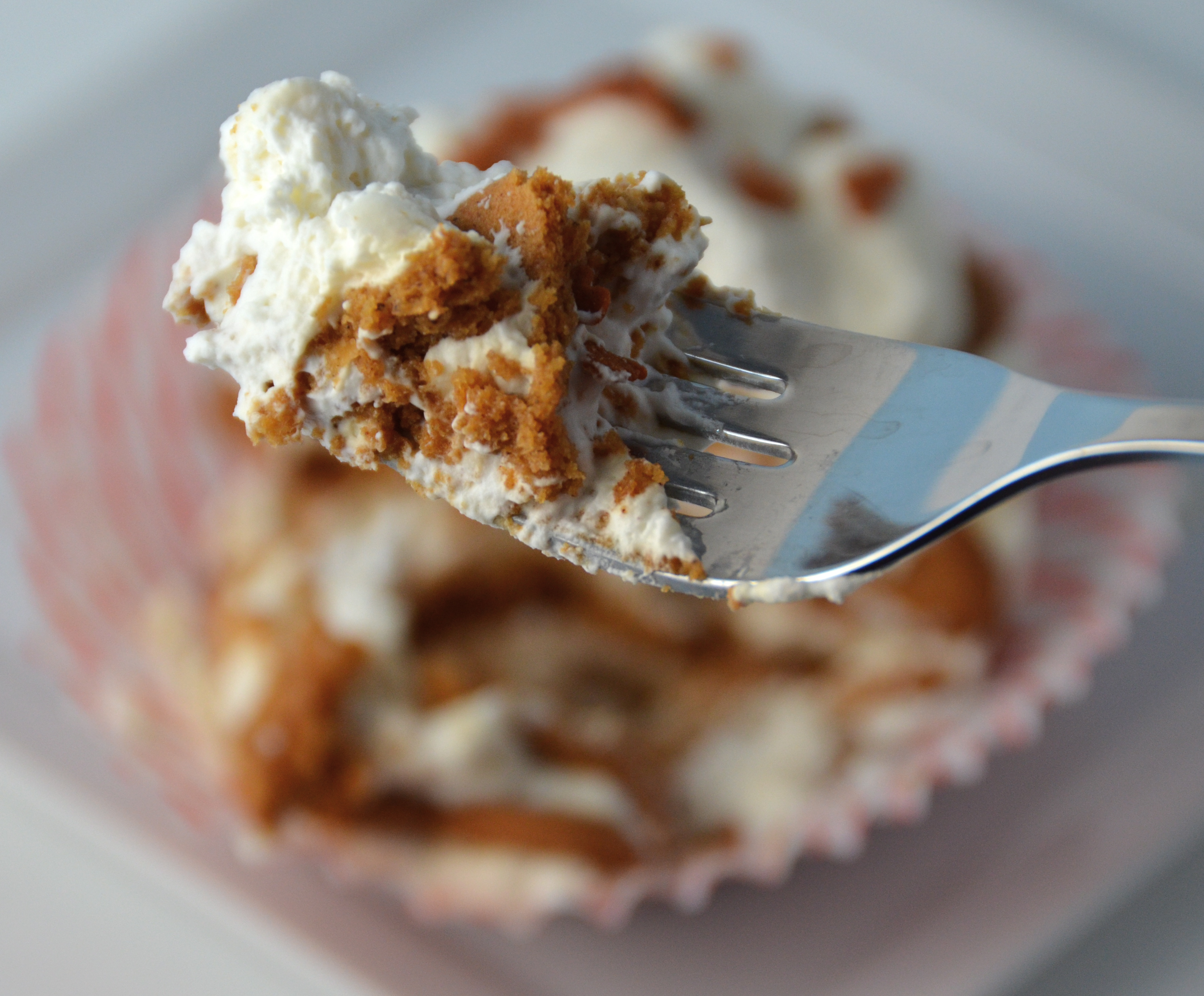 Short And Sweet. Ginger Icebox Cupcakes.   I Sing In The Kitchen