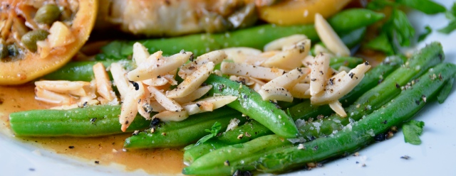 Green Beans With Almonds, Oregano and Lemon.