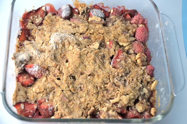 Strawberry Raspberry Crumble