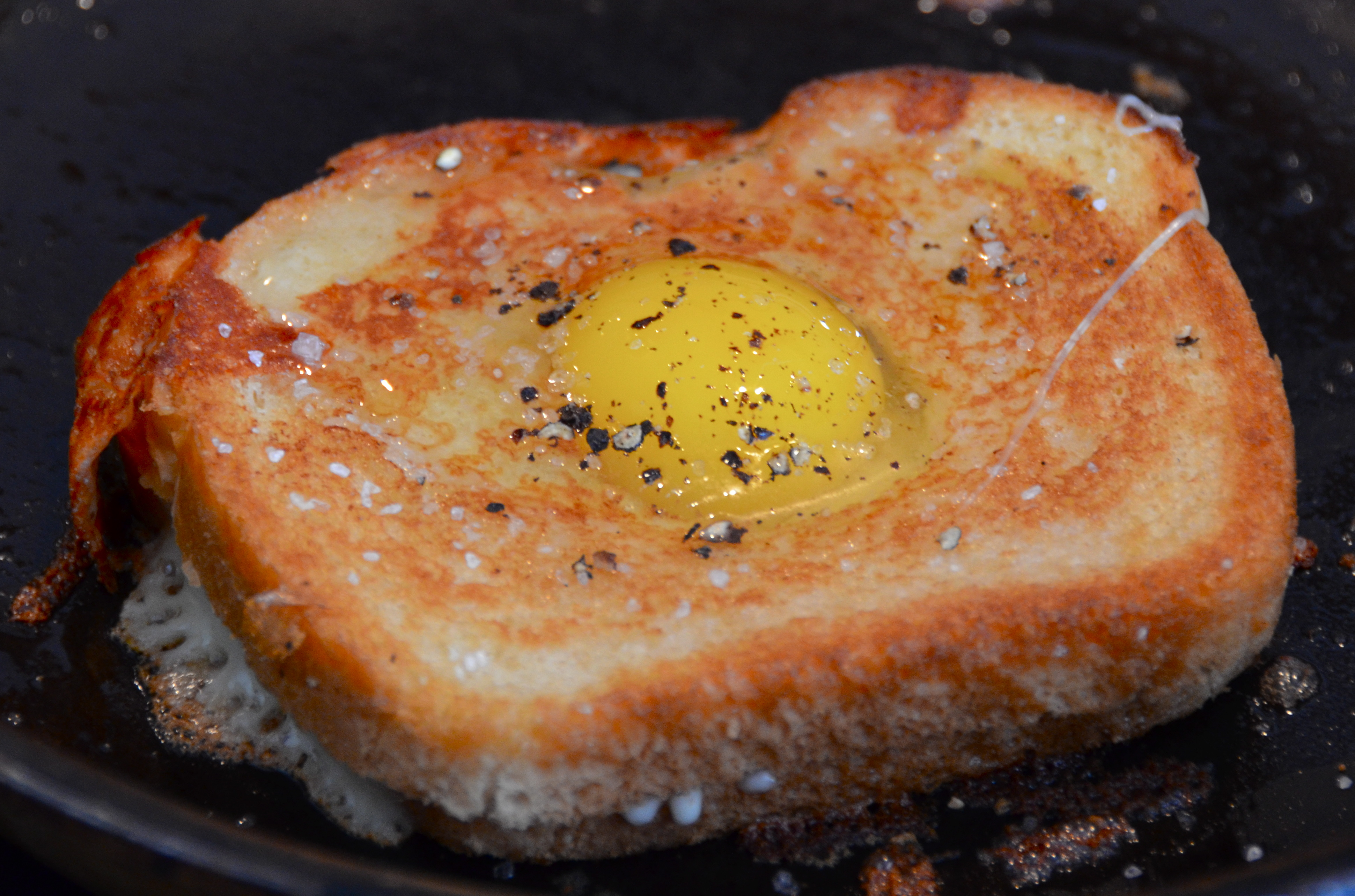 Egg-in-the-Hole Grilled Cheese. Ultra New Music From Lyon ...