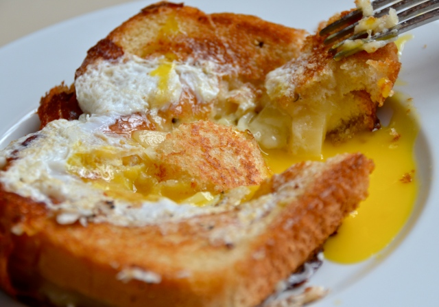 Egg-in-the-Hole Grilled Cheese