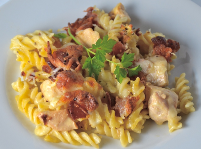 Cheesy Bacon Chicken Pasta Casserole