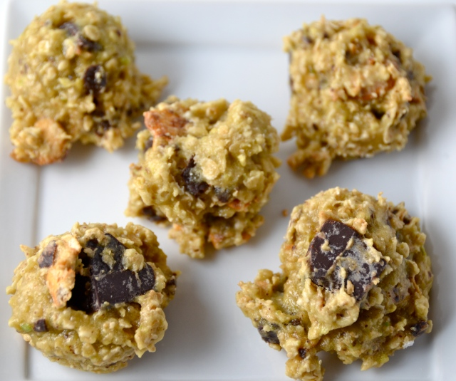 Oatmeal Chocolate Chip Cookies With Avocado And Pretzel
