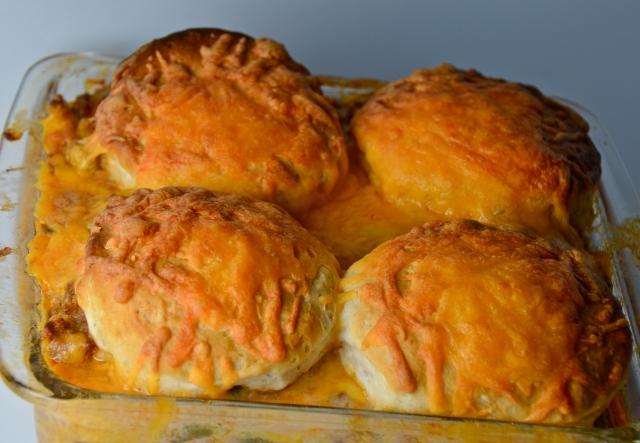 Beef 'N' Biscuit Casserole