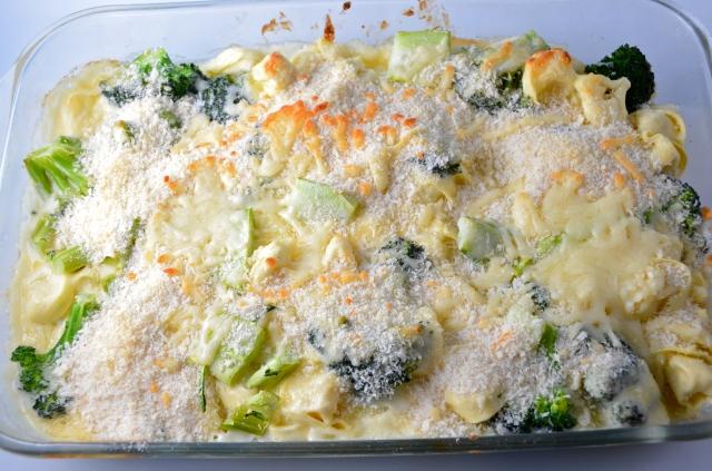 Cheesy Tortellini Bake