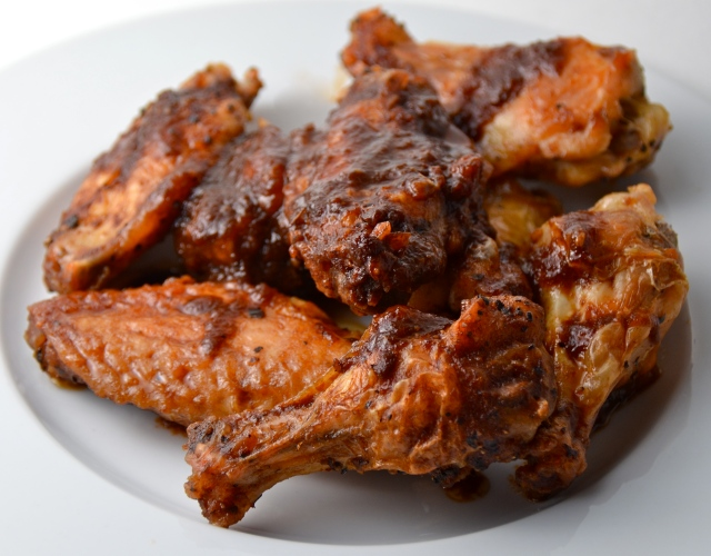 Balsamic Soy-Glazed Chicken Wings