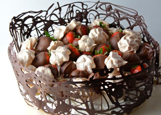 Chocolate And Berry Pavlova Cake
