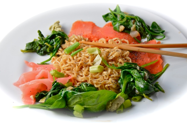 Smoked Salmon Ramen Noodles With Sautéed Kale And Spinach | I Sing In ...