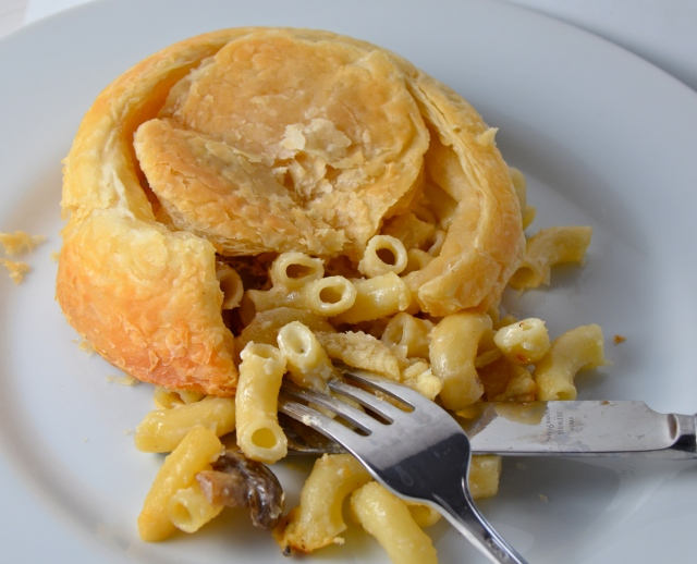 Macaroni And Cheese Puff Pastry Pie