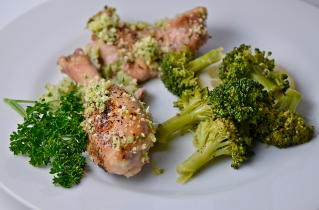 Chicken With Parsley Sauce And Lemon Butter Broccoli