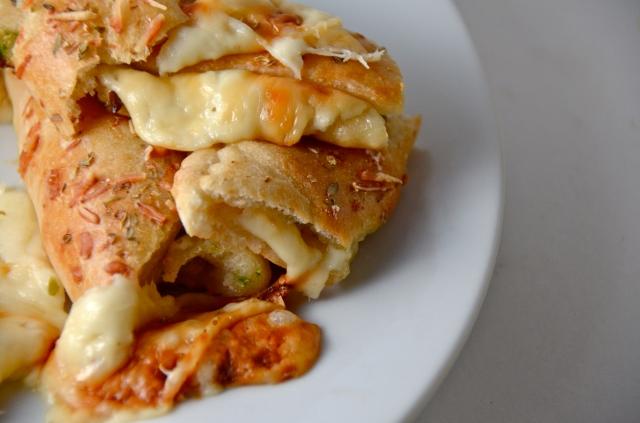 Cheesy Jalapeño Stuffed Pizza Crust