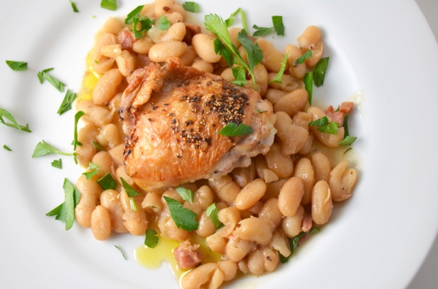 Chicken with pancetta and beans