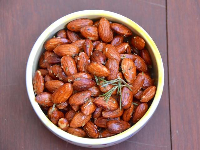 Greek Spiced Almonds