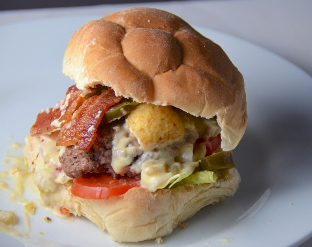 Bacon-Queso Burger