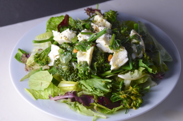 Salad With Broccolini, Peas And Mozzarella