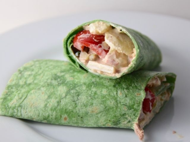 Crunchy Tuna Wraps