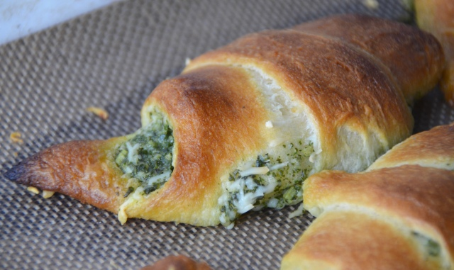 Pesto Crescents